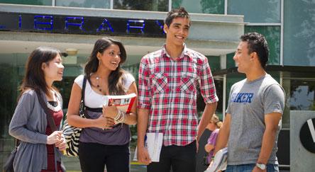 kuliah di deakin university