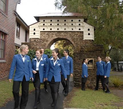 Biaya kuliah di blue mountains australia terbaru