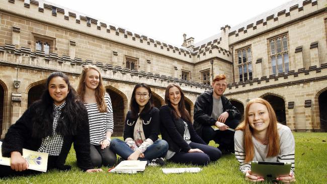 biaya kuliah di melbourne university australia