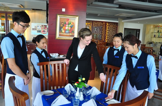 biaya kuliah di blue mountains china