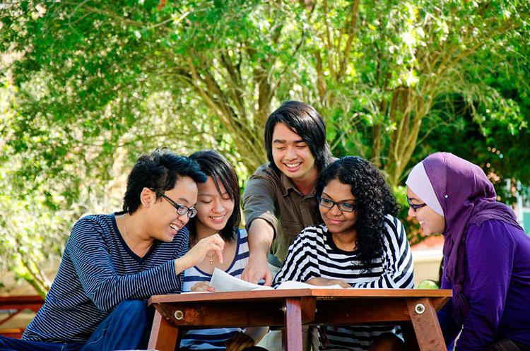 konsultan kuliah di curtin university malaysia 2016