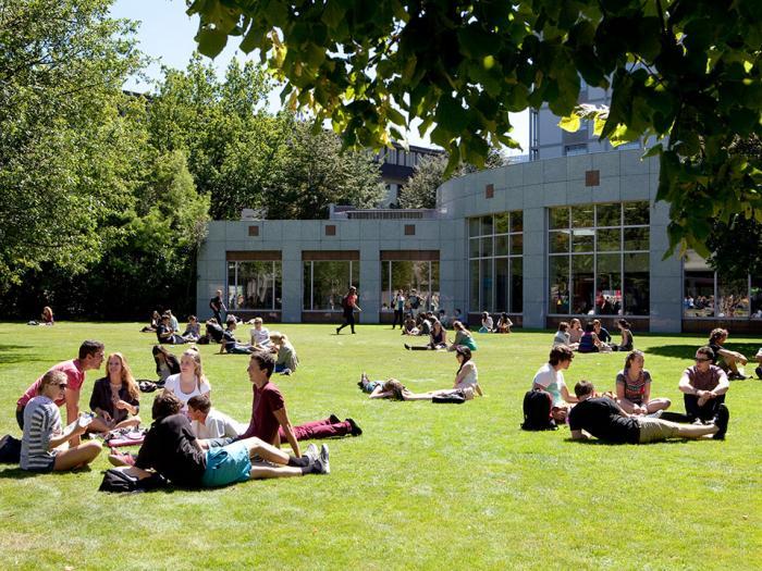 biaya kuliah di ucic new zealand