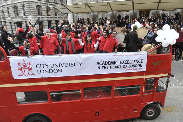 biaya kuliah di city university london