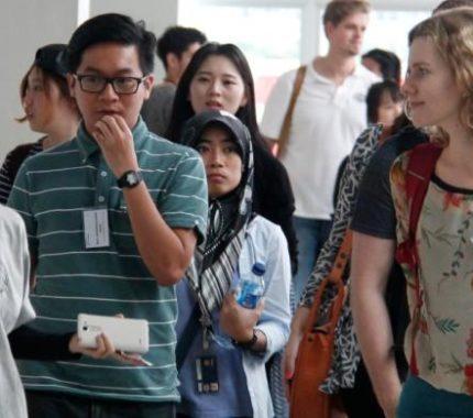 5 Cara Kuliah Di Luar Negeri Agar Lebih Mudah dan Ringan