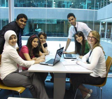 Kuliah di APU Malaysia